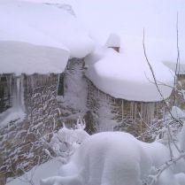 Nevada en quntanilla casa rural de piedra