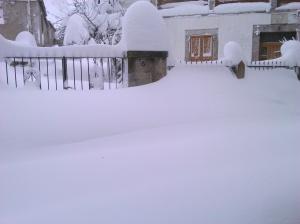 nieve leitariegos casa alojamiento grupos casa rural